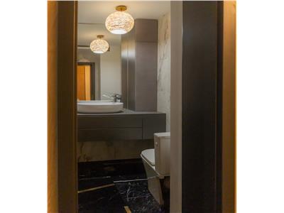 Apartament de 3 camere de vanzare - zona Sopor