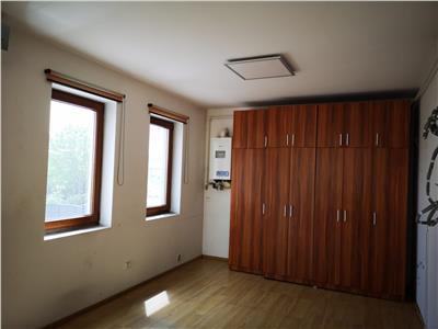 Spatiu de birouri de inchiriat (96 mp) - Aurel Vlaicu