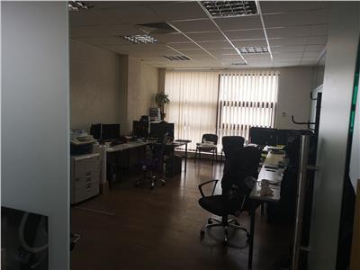 Spatiu de birouri de vanzare (260 mp) - Plopilor