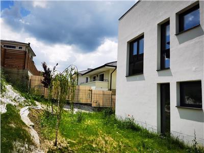 Apartament 3 camere de vanzare in vila C1/ap.1- Borhanci