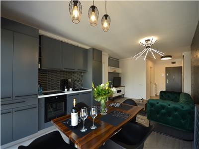 Apartament 3 camere de inchiriat (lux) - Scala Center