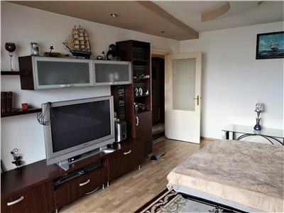 Apartament 3 camere de inchiriat, strada Primaverii, Manastur