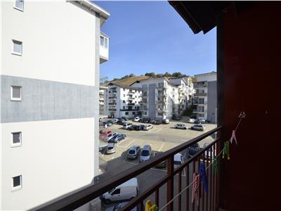 Vanzare apartament 2 camere, decomandat + garaj subteran, Floresti, comision 0%