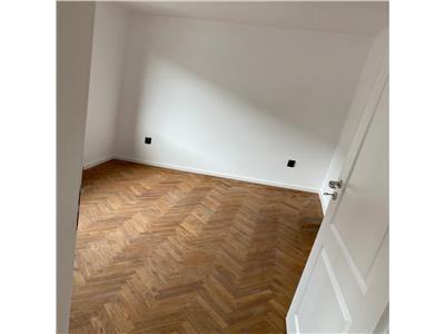 Apartament cu 2 camere de inchiriat - zona centrala