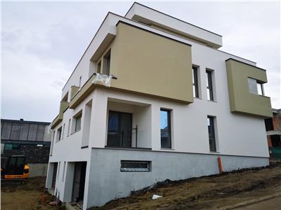 Duplex de vanzare - zona Andrei Muresanu