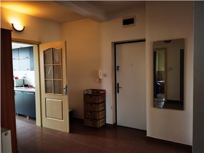 Apartament 3 camere si terasa de 35 mp - zona Gheorgheni
