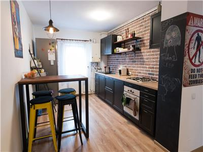 Apartament de 3 camere de vanzare - zona Baciu