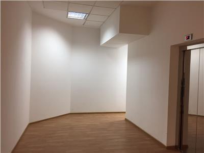Spatiu de birouri de inchiriat (806 mp) - zona centrala