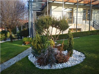 Vila de lux de vanzare - zona Gradinii Botanice