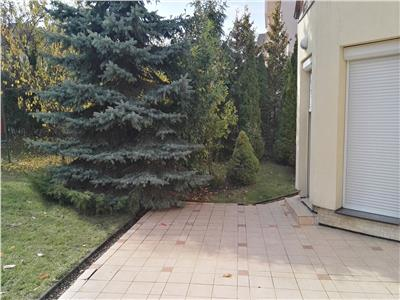 Casa de vanzare - zona Andrei Muresanu